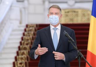 Klaus Iohannis a promulgat tăierea pensiilor speciale pentru parlamentari