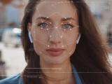 Presiuni pentru interzicerea supravegherii biometrice în masă, în contextul unei legi a inteligenței artificiale