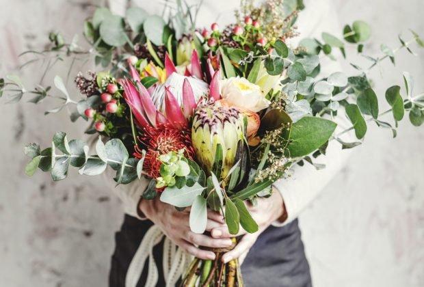 Ce flori să oferi în funcție de zodie. Aranjamente florale potrivite pentru fiecare nativ