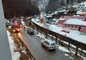 Incendiu puternic la un spital de psihiatrie din Maramureș. Zeci de pacienți au fost evacuați de urgență! / FOTO