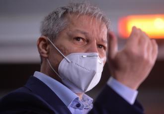 Fostul premier Dacian Cioloș, testat pozitiv cu Covid-19