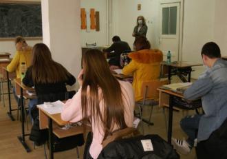 """Ministrul Educaţiei, despre haosul din ultimele zile din învăţământ: """"Suntem nevoiţi să îmbinăm exigenţele sanitare cu cele educaţionale"""""""
