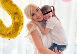 """Fiica lui Sore își sărbătorește astăzi ziua de naștere. Ce mesaj emoționant i-a transmis cântăreața: """"Tu îmi ești inspirație"""""""
