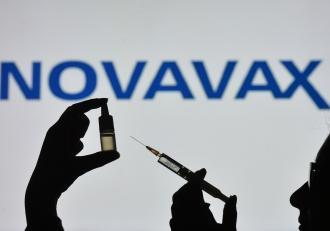 Novavax întârzie acordul cu UE pentru furnizarea de vaccin din cauza problemelor de producție. Un nou episod în războiul vaccinului