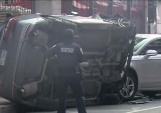 Accident mortal provocat de două hoaţe minore, în SUA. Tinerele l-au atacat pe şofer cu un pistol cu electroşocuri