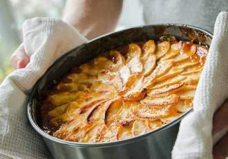 Rețetă delicioasă de tartă de mere de post. Cum pregătești un desert ca la carte