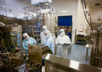 15 milioane de doze de vaccin Johnson & Johnson, distruse din greșeală la o fabrică din Baltimore.Transportul a fost oprit în SUA