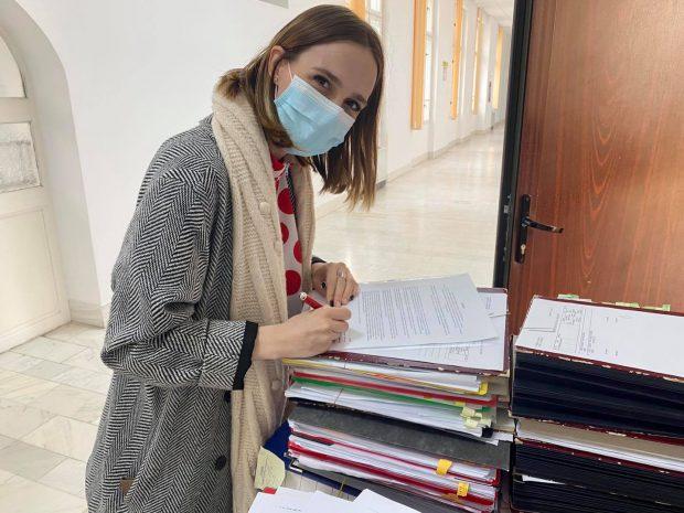 Ana Munteanu, consilier local USR în Timișoara, suspendată un an din partid, după ce a mers cu jandarmii să verifice un restaurant