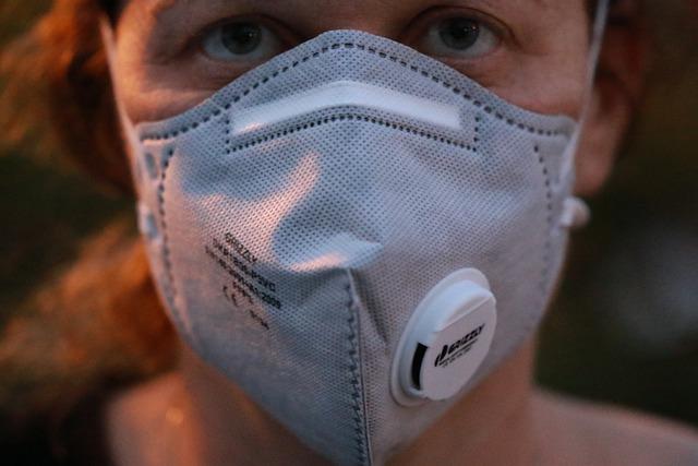 Cât rezistă, de fapt, coronavirusul pe haine. Ce trebuie să faci ca să elimini virusul