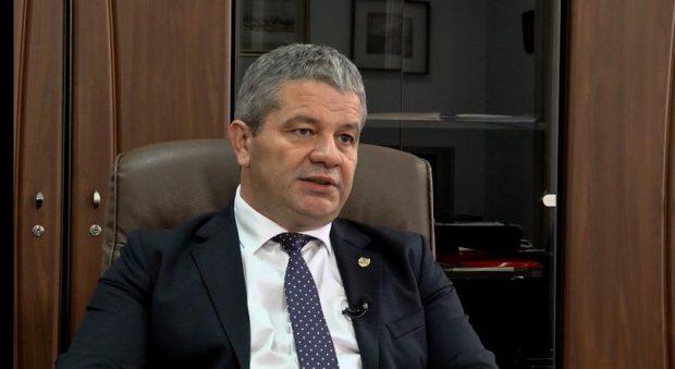 UMF Cluj dă înapoi în cazul lui Florian Bodog: Probabil nu o să-i mai oferim contract de profesor asociat. Ce spune fostul ministru al Sănătății