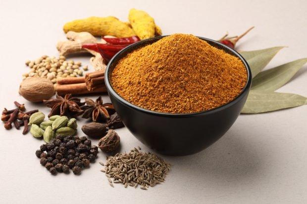 Ce este Garam Masala și la ce se folosește. Rețete cu mixul de condimente