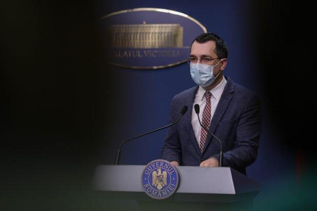 """Vlad Voiculescu a anunțat că oamenii se vor putea testa rapid anti-COVID în farmacii: """"Un pas important, care merge către testarea în masă"""""""