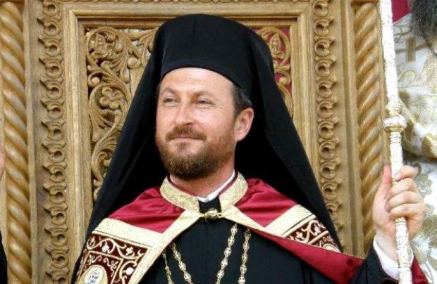 Fostul episcop Cornel Onilă, trimis în judecată pentru viol, a cerut în instanță ca jurnaliștii care i-au dezvăluit abuzurile să șteargă articolele