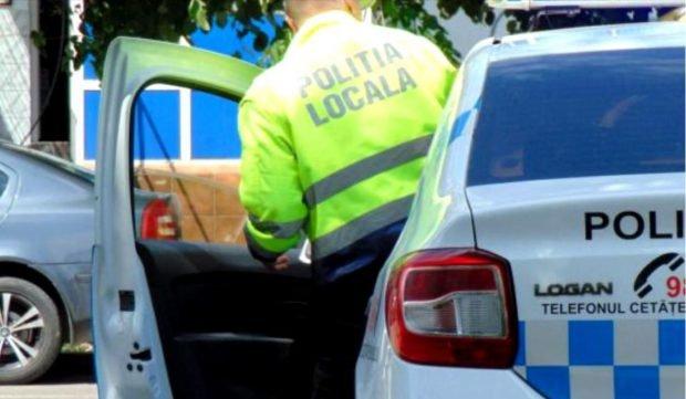 Poliția Locală din sectorul 4 nu mai are echipaje pe care să le trimită la locurile de parcare ocupate ilegal. Șeful care a dat dispoziția neagă. Cum explică Primăria?