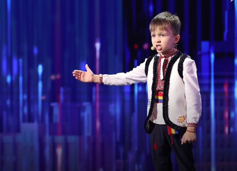 """Cine e Vlad Ciobanu, băiețelul care i-a lăsat fără cuvinte pe jurații de la """"Românii au talent"""""""