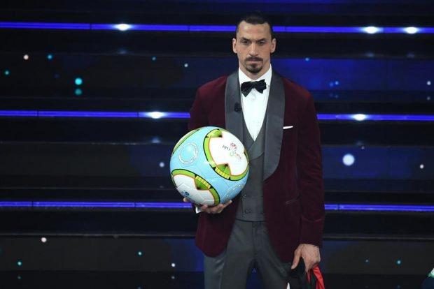 """Zlatan Ibrahimovic, dus pe motocicletă la Sanremo. """"Am oprit un motociclist care era în trecere. Din fericire, era fan Milan"""""""