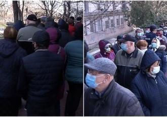 Sute de oameni au format o coadă uriașă la Policlinica Titan din Capitală pentru a prinde analize medicale gratuite