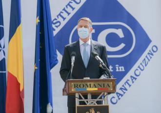 Klaus Iohannis participă azi de la 12.00 la o dezbatere despre mediu şi sănătate publică la Cotroceni. LIVE VIDEO
