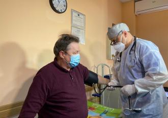 Vaccinarea în cabinetele medicilor de familie a început în Timiș. Ce ser au primit primii pacienți