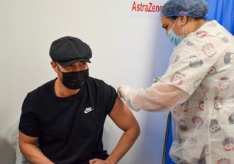 """Mihai Bendeac s-a vaccinat cu AstraZeneca. """"Am ales vaccinul cel mai puțin dorit. Gestul meu poate fi un exemplu"""""""