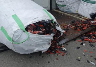 Containere cu deşeuri ilegale din Germania, descoperite în Portul Agigea
