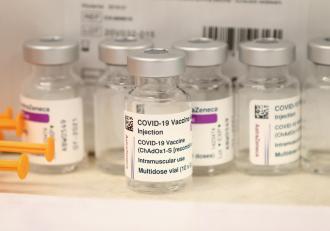 Australia şi Filipine, pe lista ţărilor care limitează utilizarea vaccinului anti-Covid-19  de la AstraZeneca