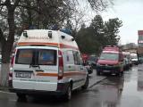 Situația critică la Spitalul Județean Buzău. Bolnavii Covid așteaptă și câte 10 ore în ambulanțe, cu masca de oxigen pe față
