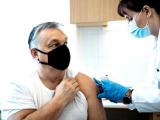 Ungaria vaccinează peste 100.000 de oameni pe zi, dublu față de România