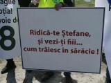 Protest cu sute de maşini pe drumurile din Moldova, pentru urgentarea construirii de autostrăzi. GALERIE FOTO