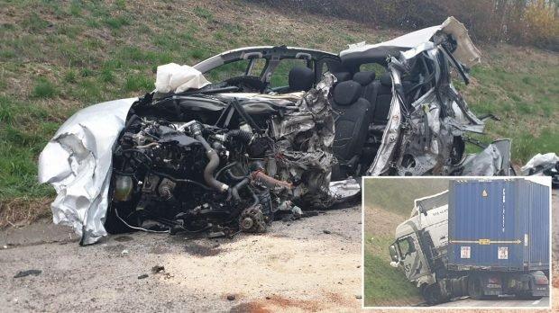 Șofer român de TIR internat în stare de șoc, după ce a izbit în plin o mașină intrată pe contrasens, la Arras, în Franța