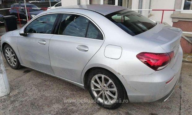 Un moldovean a închiriat un Mercedes nou-nouț în Italia și a rămas fără mașina de lux la vama Sculeni