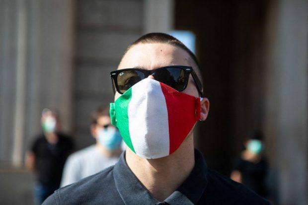 Italia a prelungit restricţiile până la sfârşitul lunii aprilie