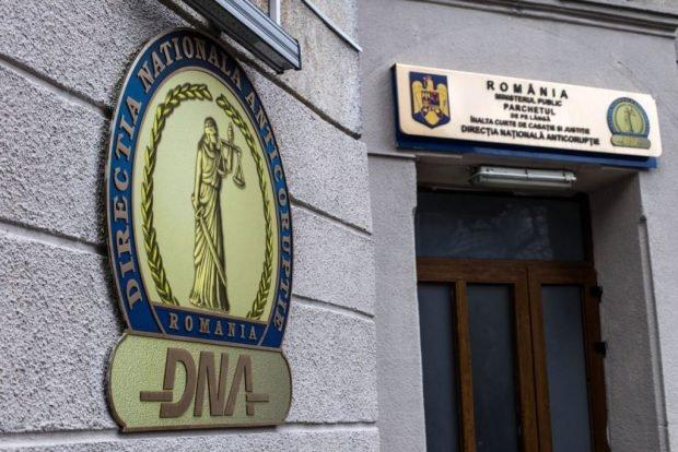 Noul șef de la Permise Suceava, ridicat de DNA pentru a fi audiat într-un dosar de corupţie
