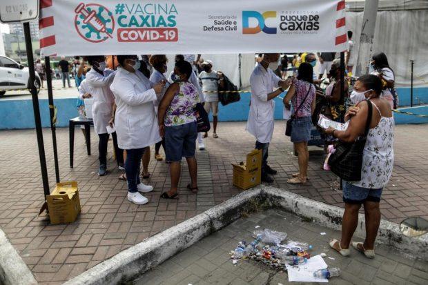 """Lucrătoarele sexuale dintr-un oraș brazilian vor să fie vaccinate cu prioritate. """"Suntem în prima linie, ţinem economia şi ne asumăm riscuri"""""""