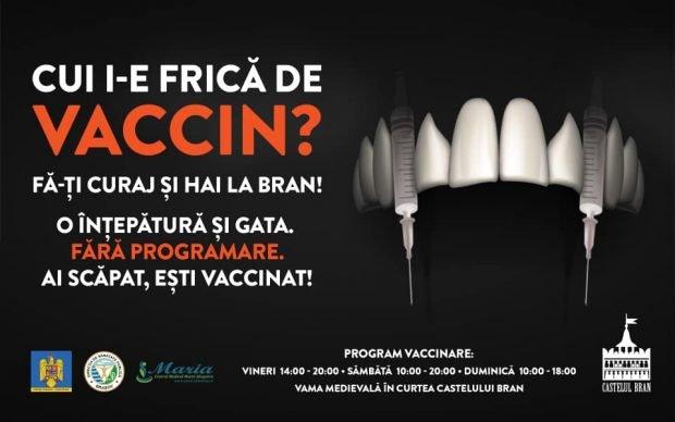 """""""Seringile cu colţi de vampir"""" de la centrul de vaccinare de la Castelul Bran, atracție pentru presa internațională"""