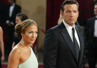 Jennifer Lopez şi Ben Affleck, fotografiaţi din nou împreună la 17 ani după despărţire. Cum au fost surprinși cei doi