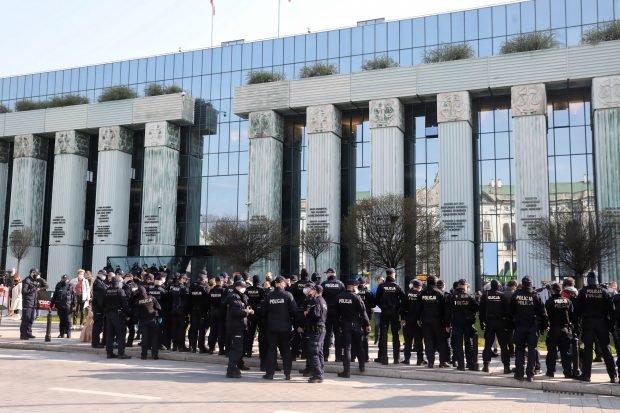 Sediul Curții Supreme din Polonia, evacuat din cauza unei amenințări cu bombă