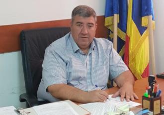 Primarul din Ștefănești, reținut după ce o copilă de 13 ani a fost violată și a născut, a fost eliberat