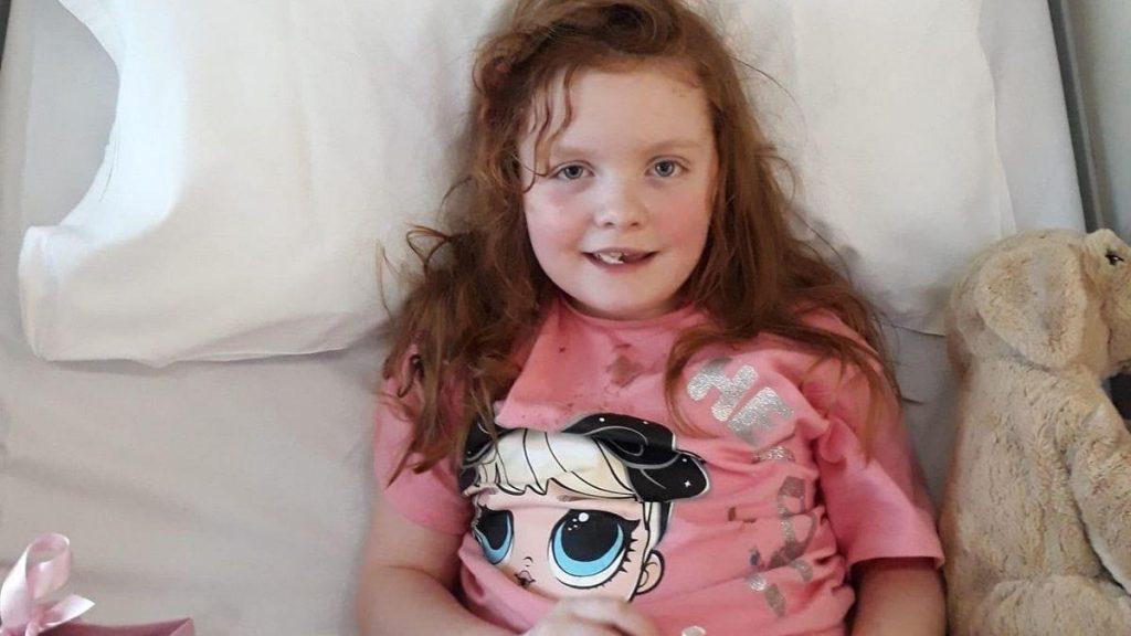 O fetiță de 7 ani din Anglia a fost răpusă de o tumoră pe creier, la 6 luni după depistare. Simptomul banal care a prevestit tragedia