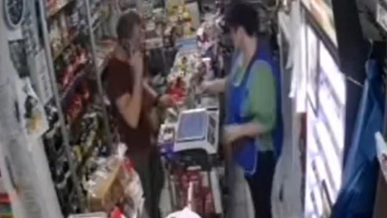 Un gălățean a încercat să plătească un pachet de țigări cu o bancnotă de 500 de lei, trasă la xerox: Îți bați joc de mine?