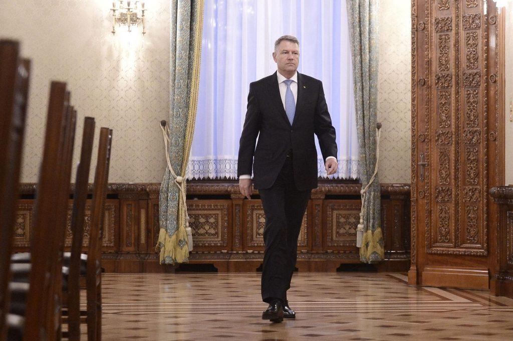 Klaus Iohannis, la a doua rundă de consultări cu partidele, pentru desemnarea unui nou premier. Primii invitați la discuții sunt liberalii